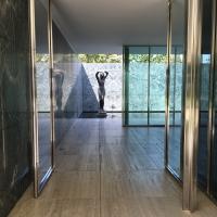 Eines der Blicke au die Skulptur von Hans Kolbe