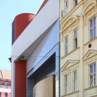 Eingliederung mit der Nachbarfassade